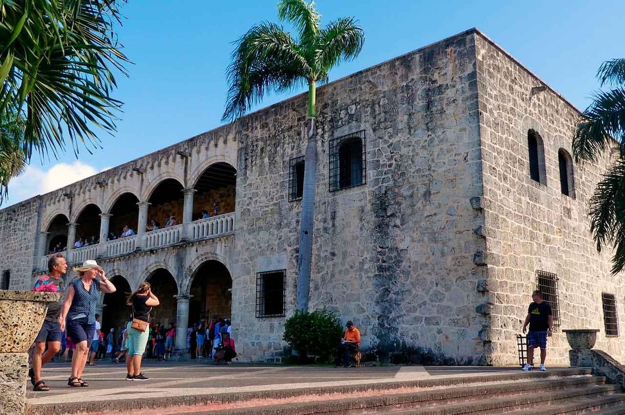 Excursiones en Punta Cana a Santo domingo